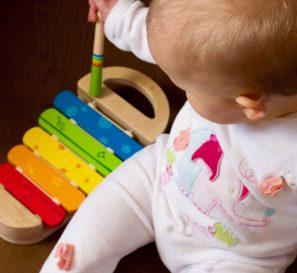 Picos e saltos: guia para acompanhar o desenvolvimento do seu bebê