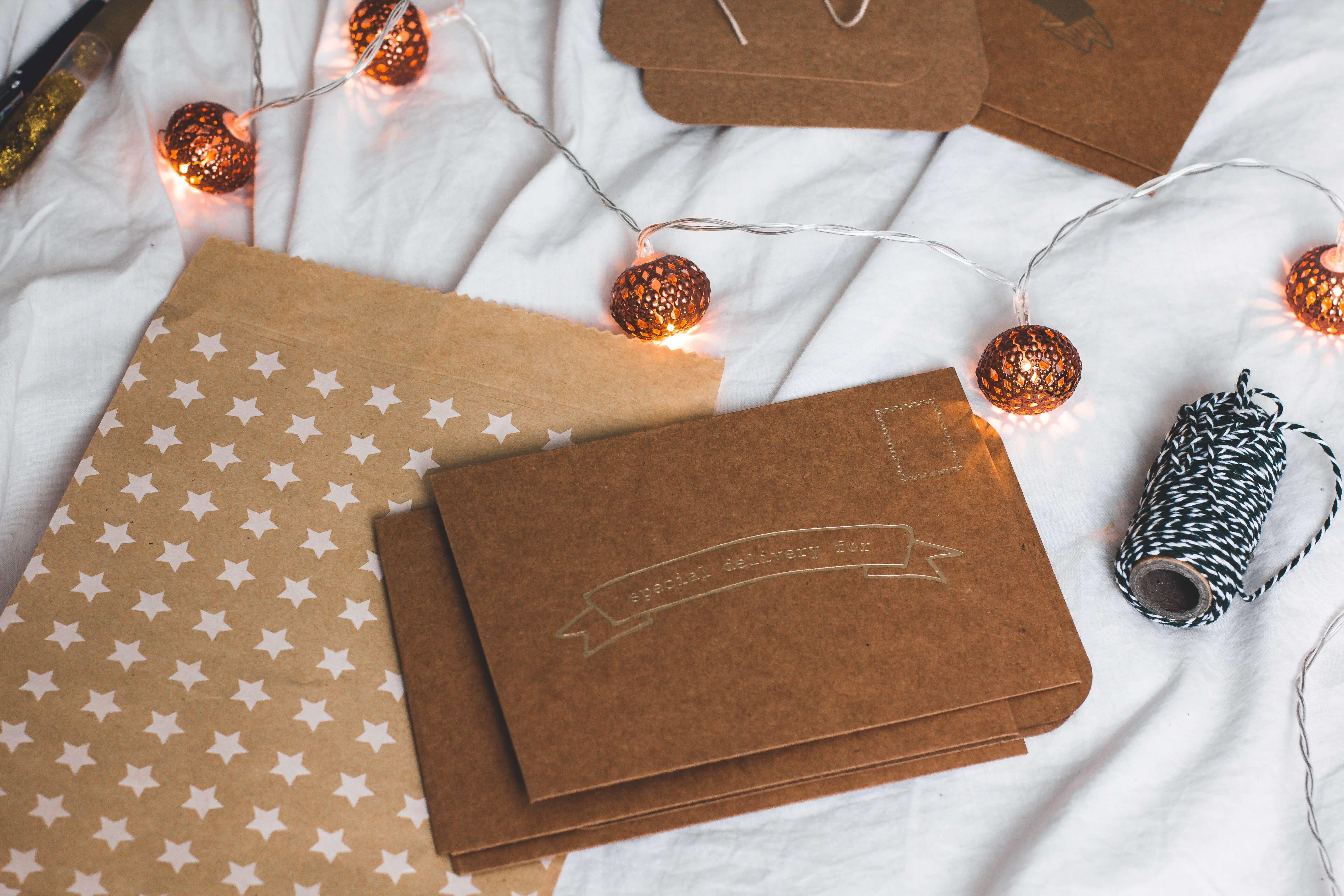 Faça você mesmo: cartões e tags de Natal para fazer com as crianças